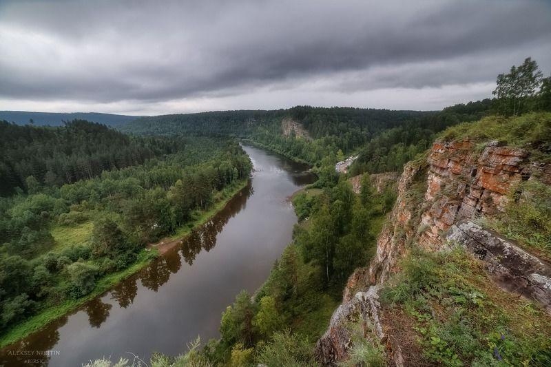 река Юрюзань, Башкирия. Вечер перед дождем.photo preview