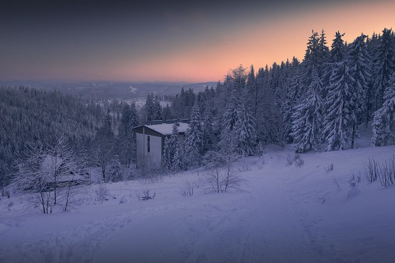 Mountain shelter in the Beskidsphoto preview