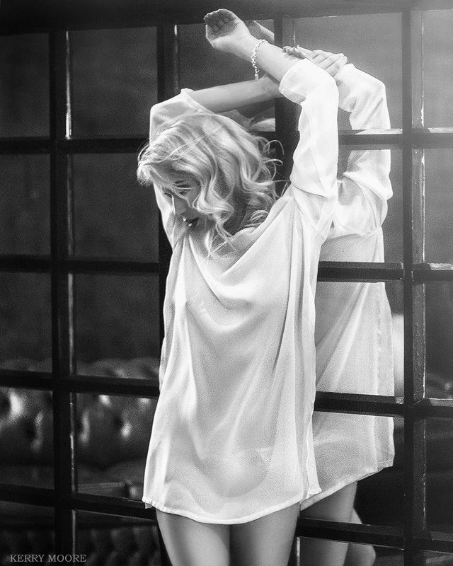 portrait, girl, портрет,style,light, studio, woman, model, blon,emotional Feelingsphoto preview