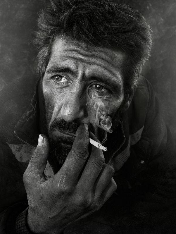 #Portrait #people #shadow #light #smoke The Dark Worldphoto preview