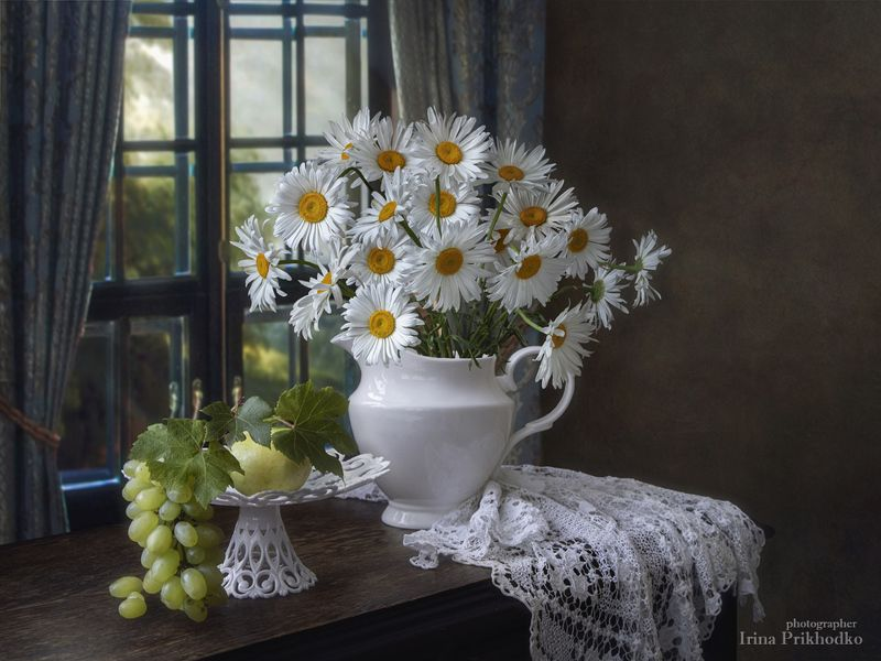 натюрморт, лето, ромашки, фрукты, букеты, цветы, художественное фото Ромашковое летоphoto preview