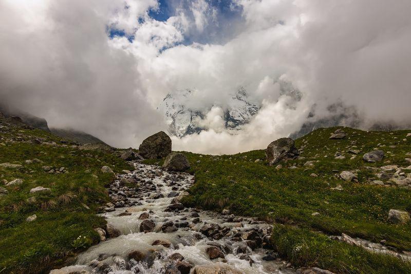горы,восхождение,кавказ,облака средь белых облаков...photo preview