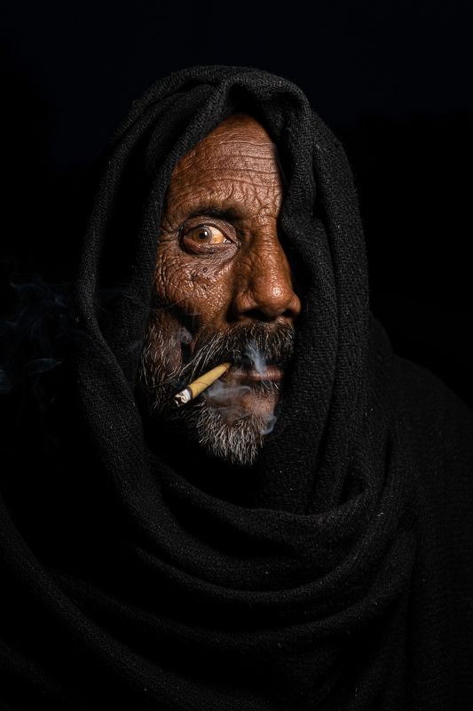 portrait smoking life style Please don\'t retouch my wrinkles. It took me so long to earn them.  Anna Magnaniphoto preview