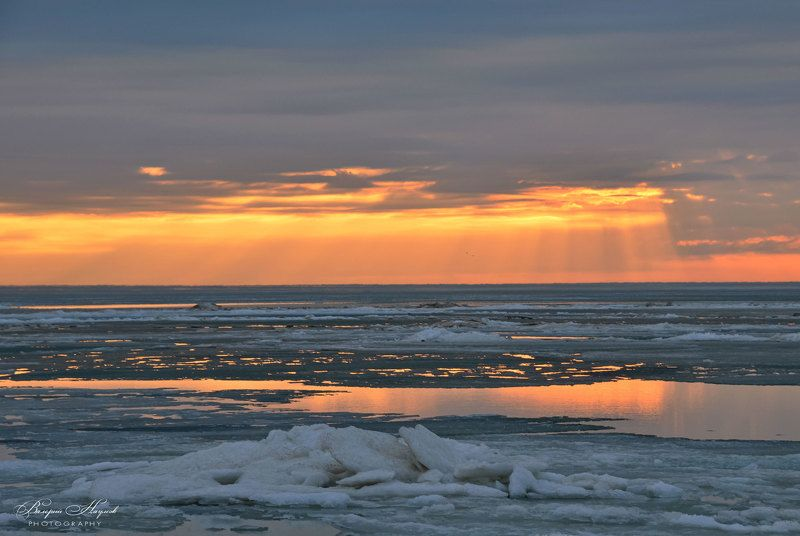 азов, сиваш, закат, вечер, зима, лёд, снег Зима уходит фото превью