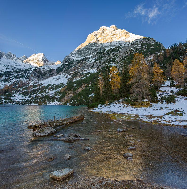австрия, горы, озеро, снег, восход Альпийское утро.photo preview