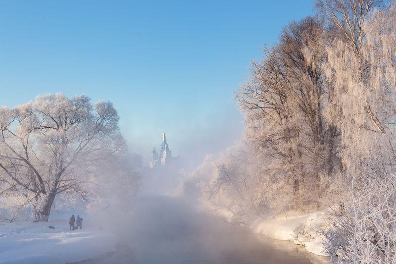 зима, подмосковье, истра, храм Зимнее утроphoto preview