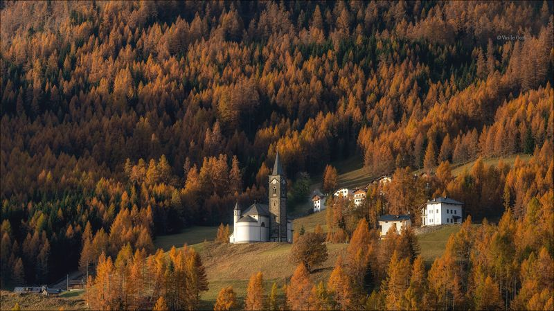 autumn,осень,village,деревня,alps,альпы,dolomites,доломиты,selva di cadore,италия Оранжевая долинаphoto preview