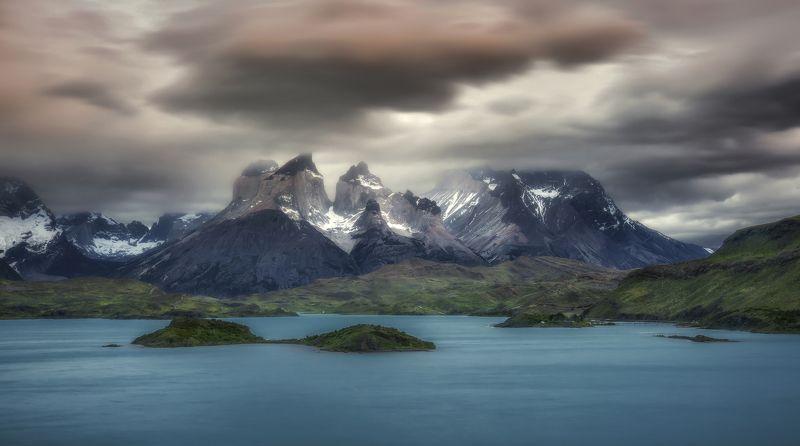 chile, patagonia, torres cuernos del paine Torres del Painephoto preview
