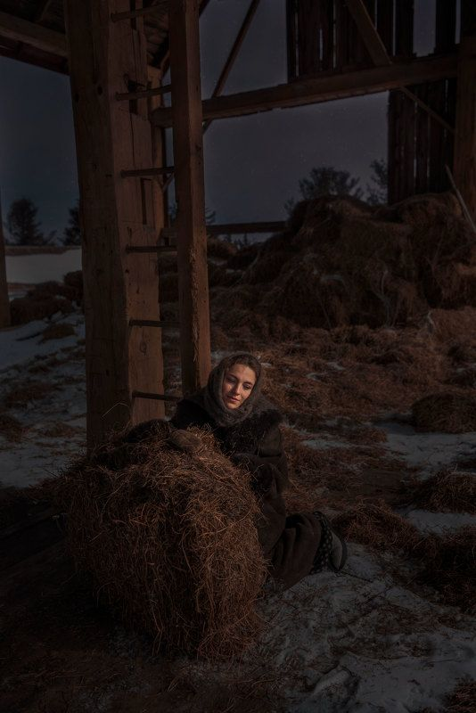 #mother #Farm #Canada #Toronto #деревня #мама #Сеновал #night #portrait #family #ontario #Moscow  Mother photo preview