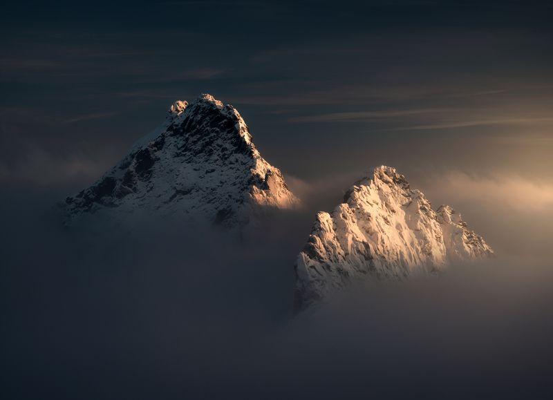 @landscape@mountains@sunrise@hightatras@photography@slovakia@tatry@adventure Lightphoto preview