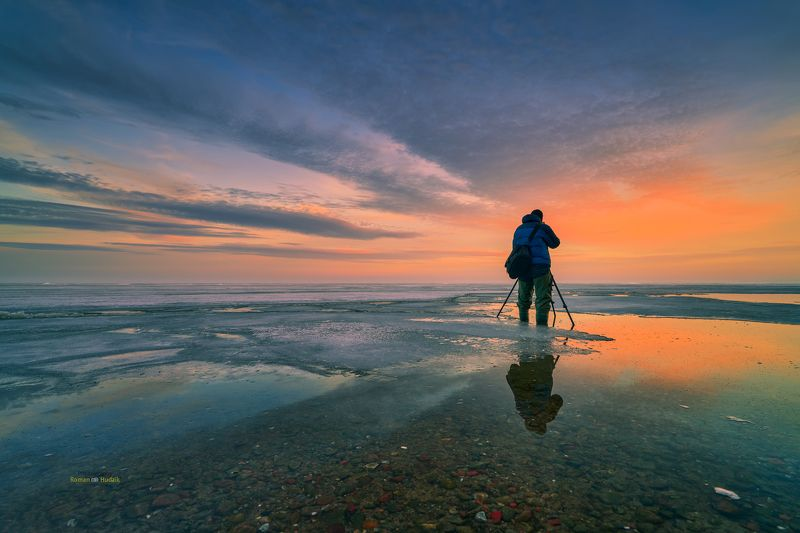 photographer, landscape, sunset, sunrise, sea, clouds, winter, water, sky Photographer фото превью