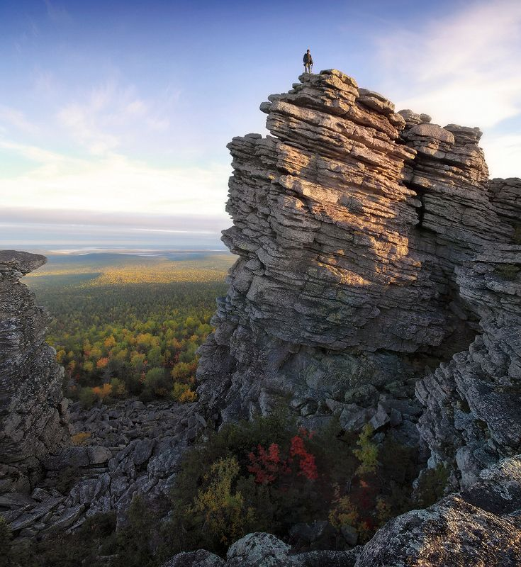 урал, скалы, колчимский камень, фотограф ФОТОГРАФ. На Колчимском камне...photo preview