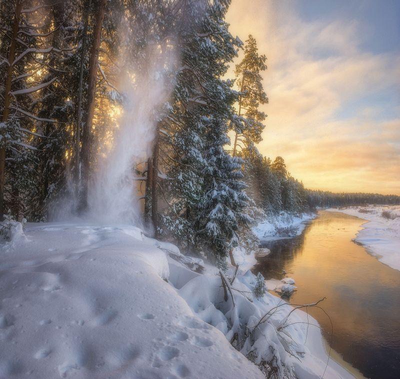 Снежный водопадphoto preview