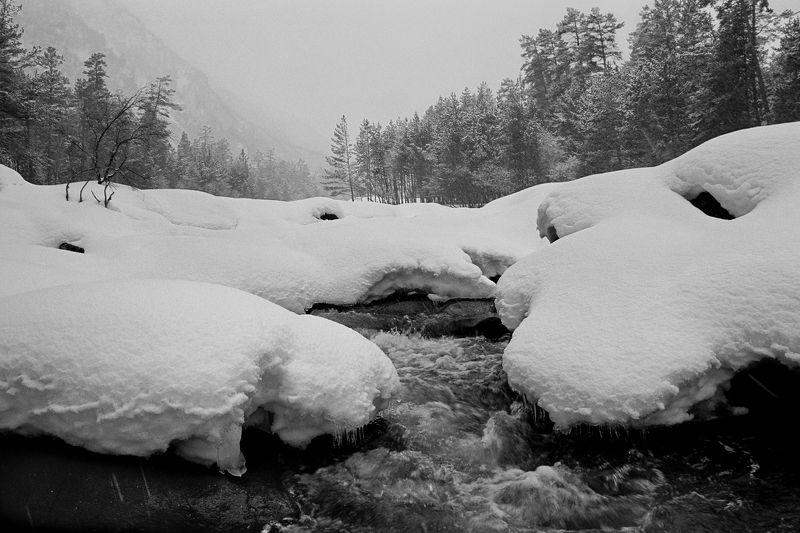 Зима в Баксанском ущельеphoto preview