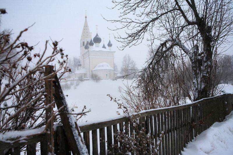 Ярославль, Вятское, храм, зима, снег Храм Воскресения Христова в Вятскомphoto preview