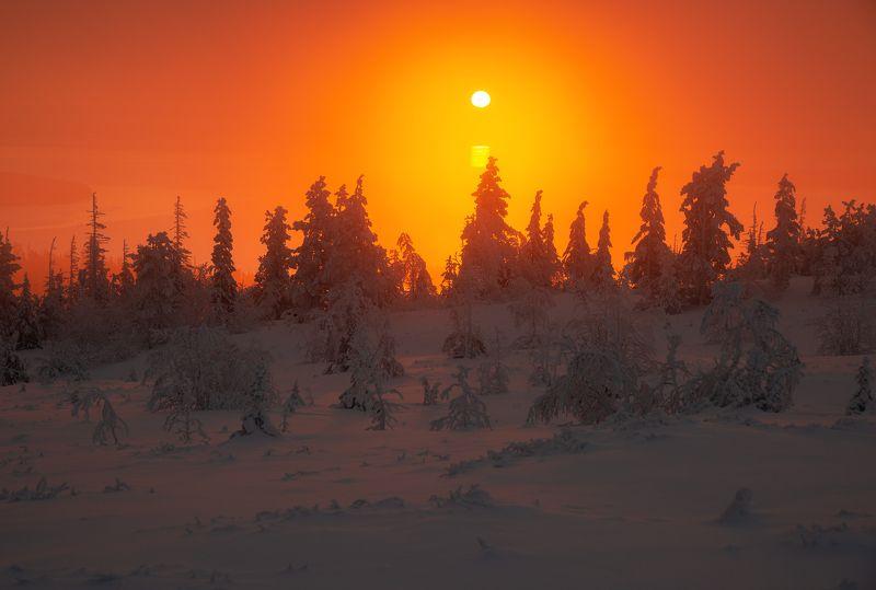 пейзаж,восход,солнце,свет,мурманская область,россия,север,кольский Восход солнца над Имандройphoto preview