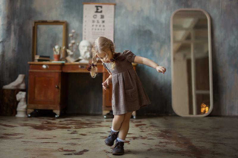 ссор, винтаж, ретро, детская фотография, детский портрет, игра, естественный свет,  canon Жужалкаphoto preview