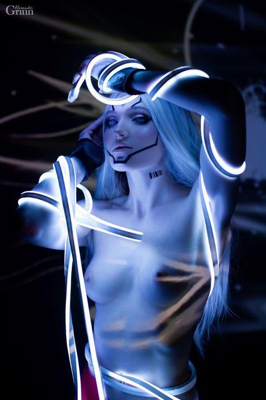 ню, неон, косплей, голубой свет, grinn, nude, cosplay Molecule of the Universephoto preview