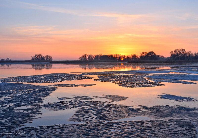 март, рассвет, утро, восход, река, лёд Геометрия марта фото превью