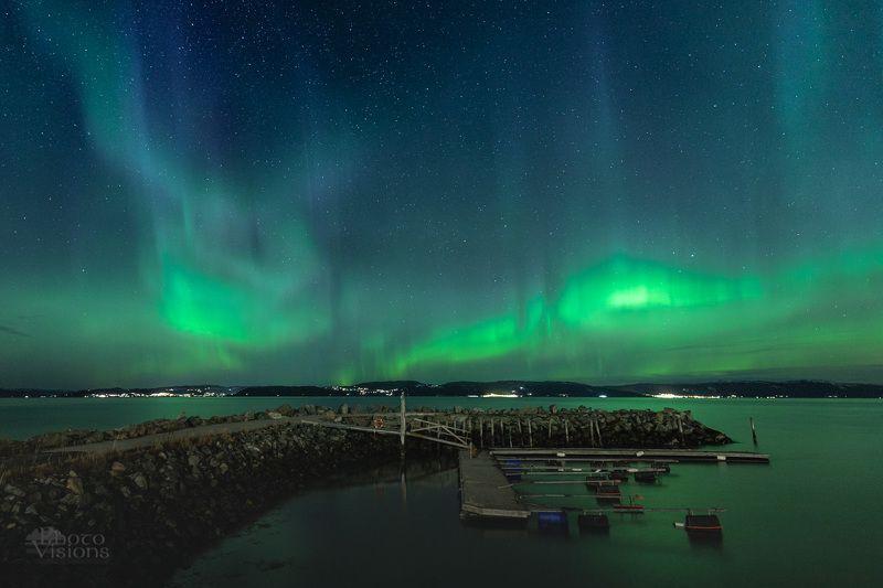 aurora,northern lights,norway,sea,night,stars, Aurora dancephoto preview