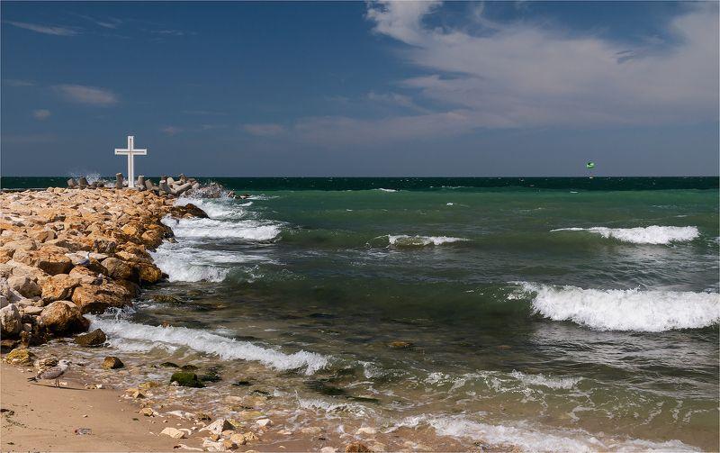 На берегу моряphoto preview