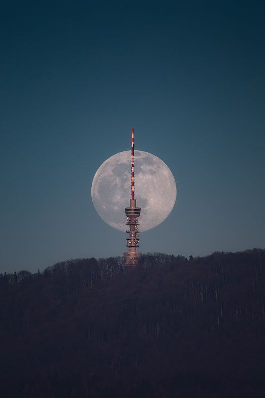 zagreb, croatia, moon, full, landscape, hill, tower,  moon фото превью