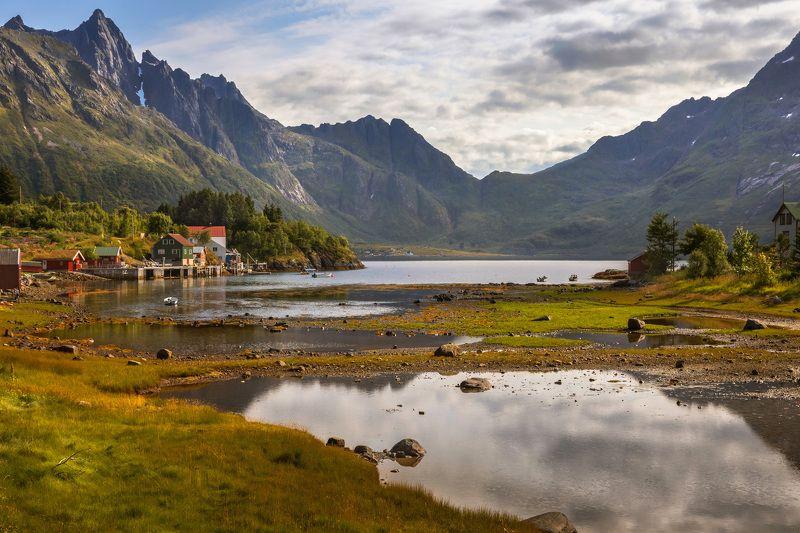 норвегия, лофотены, озеро, вечер, горы, домики, камни, Жизнь на Лофотенских островах.photo preview