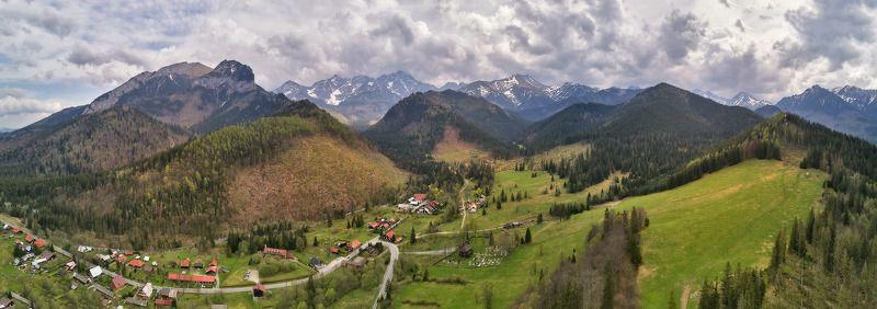 апрель, весна, горы, дронофото, европа, словакия, татры Весна. Дорога через Татрыphoto preview
