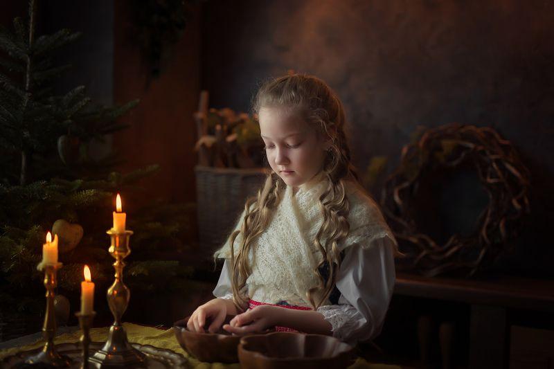 вечер, свечи, смешанный свет, огонь, ретро, деревня, винтаж, старина, детский портрет, постановка Вечерокphoto preview