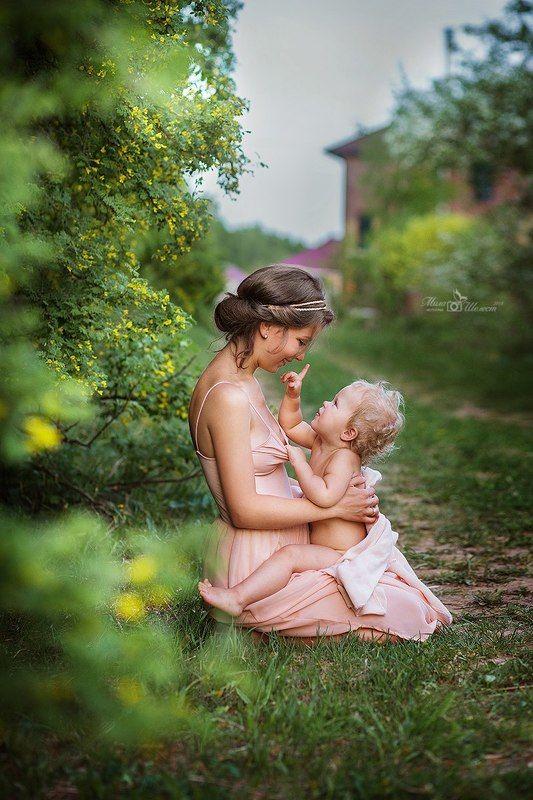 мама, малыш, ребенок, детство, родительство, лето, природа, прогулка, красивый, милый ***photo preview