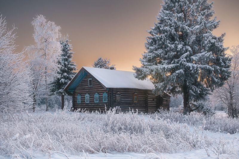 россия, архангельская область, русский север, кенозеро, кенозерье, национальный парк, пейзаж, природа, изба, озеро, телицына, закат, лед, зима, снег Кенозерьеphoto preview