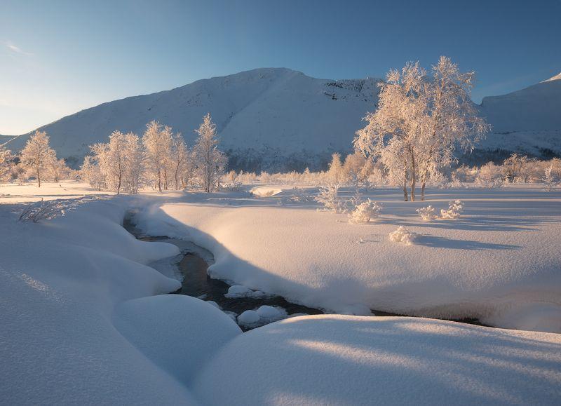 пейзаж,хибины,горы,россия,кольский,север,свет,рассвет,река Река Вудъяврйокphoto preview
