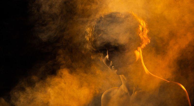 дым, девушка, портрет, цвет, освещение Дымphoto preview