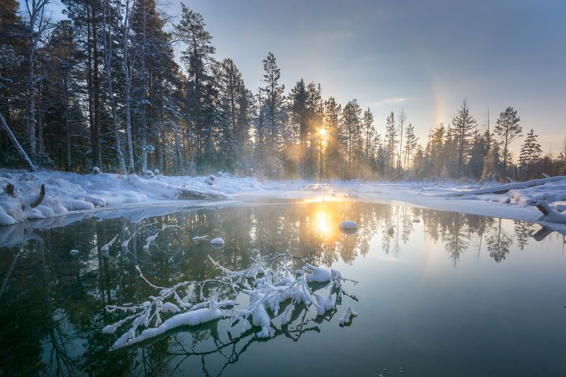 зима озеро мороз лес солнце  Морозностьphoto preview