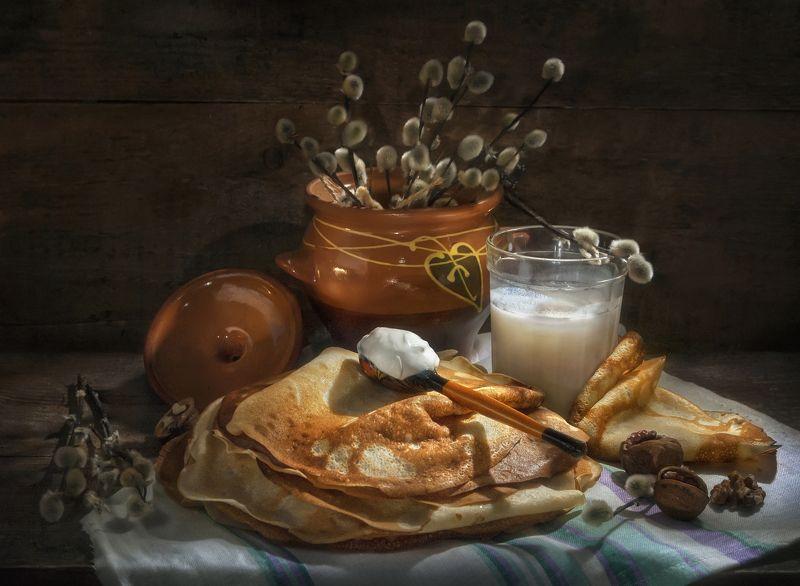 блинчики,горшочек,ложка,сметана,стакан,молоко,вкусные,деревенский,праздник,верба,орехи,тёмный Со сметанкой вкуснее !photo preview