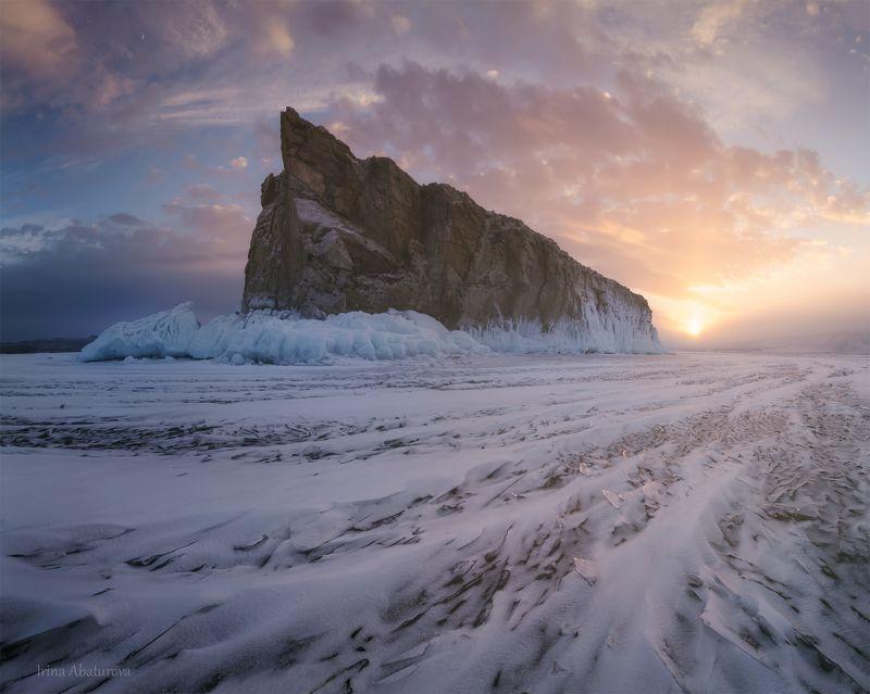 байкал, закат Остров Шарга-Даган на закатеphoto preview