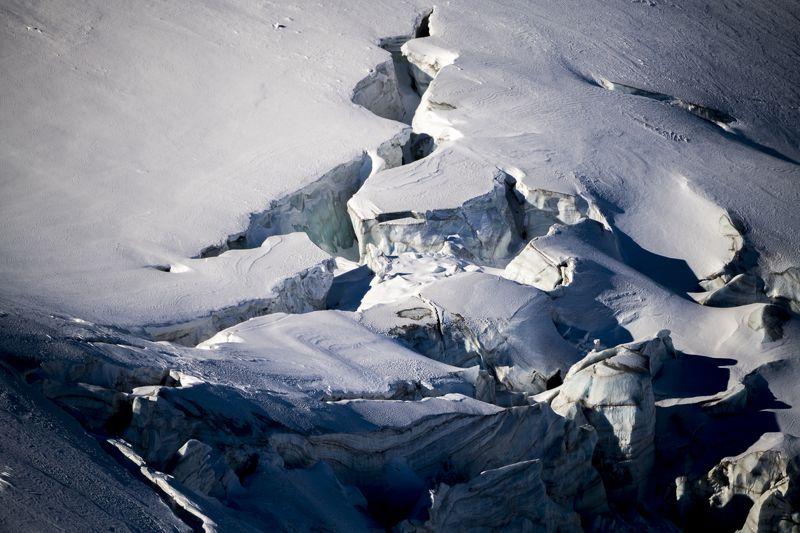 казахстан, тянь-шань, заилийский алатау, горы, ледники, озёра, морены, морена, ледниковое озеро, ледник, зима, снег, лёд, Зимний Тянь-Шаньphoto preview