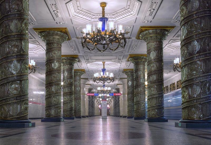 город,метро,станция,интерьер,архитектура,блеск,отражения Метро Петербургаphoto preview