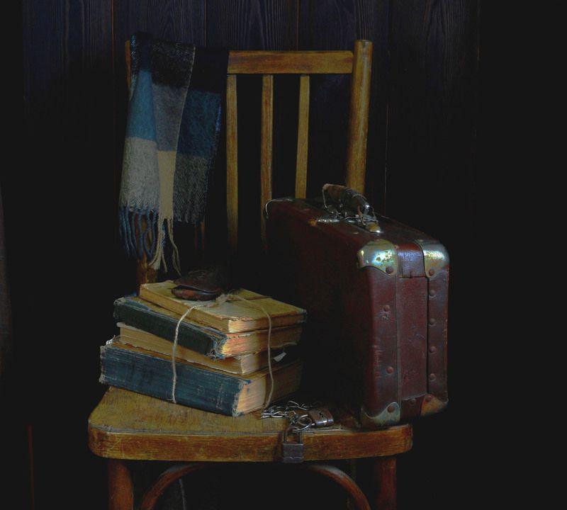 натюрморт, фотонатюрморт, дорога, чемодан, книги, наталья казанцева Доброго пути!photo preview