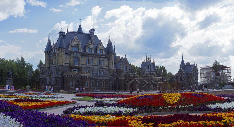 город, архитектура, замок, замок гарибальди, цветы, Замок Гарибальдиphoto preview