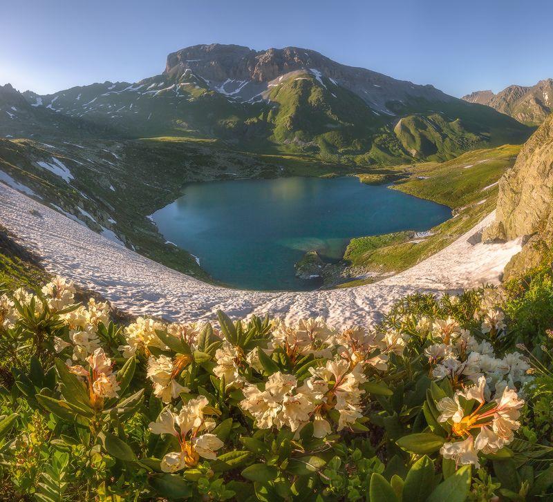 западный кавказ, загеданский хребет, загедан скала, пятиозёрье. лето Загедан скалаphoto preview