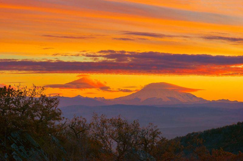эльбрус,закат,облака,природа,пейзаж Пылал закат над Эльбрусом...photo preview