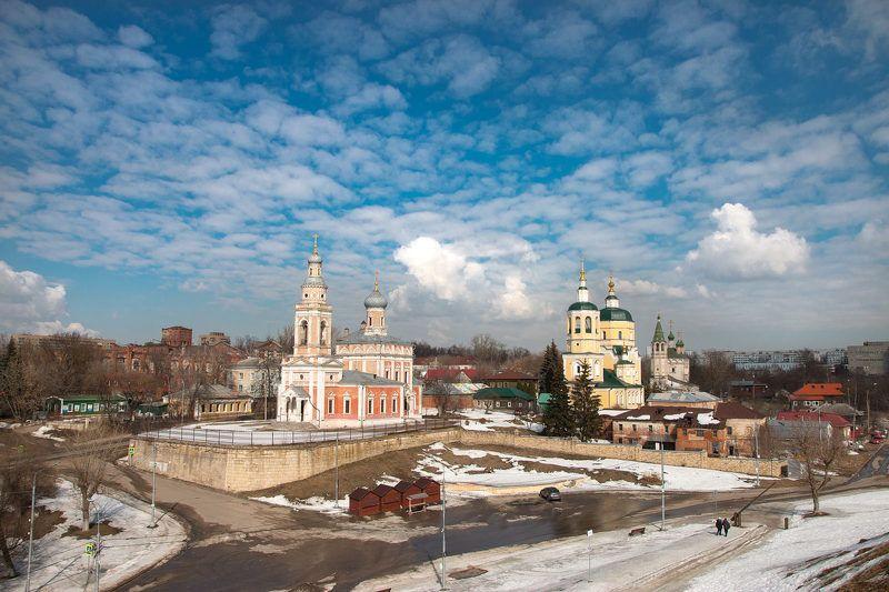Улица старого городаphoto preview