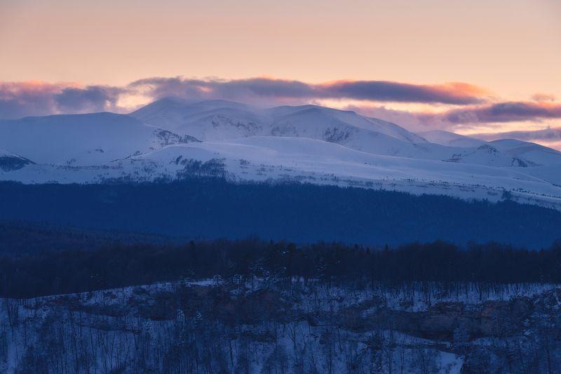 Снежное море под облакамиphoto preview
