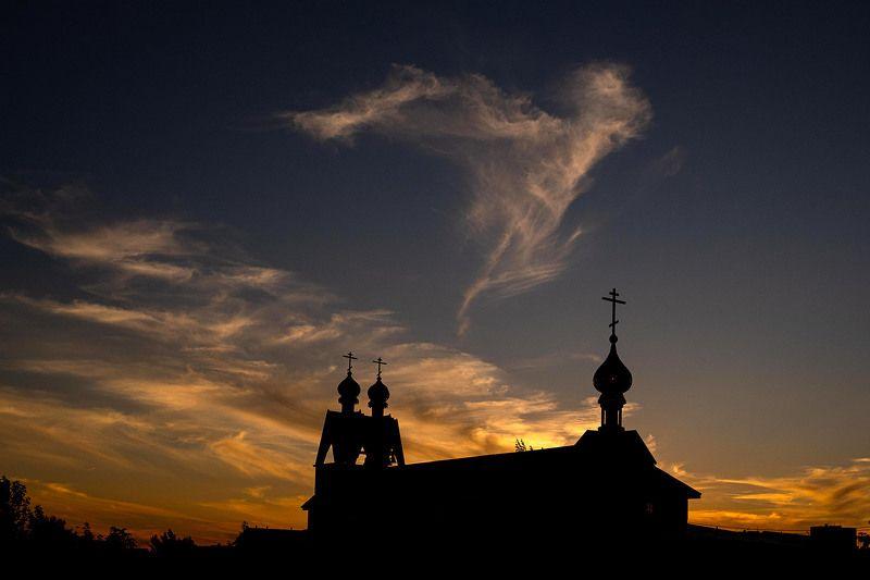 Жуковский, храм, церковь, ночной пейзаж Ангел над Храмомphoto preview