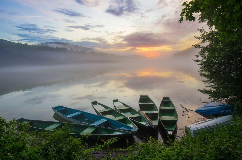 bieszczady, mountains, lake, myczkowce, boats, sunset, spring Jezioro Myczkowskie, Bieszczadyphoto preview