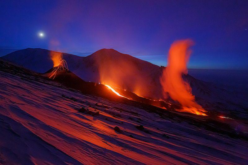 Камчатка, вулкан, извержение, природа, путешествие, фототур, пейзаж, лава, закат,  Ледник в Огнеphoto preview