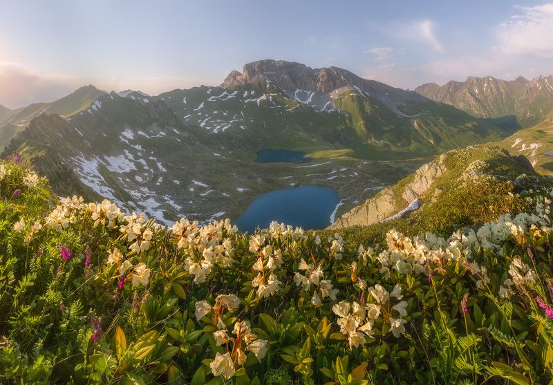 западный кавказ, загеданский хребет, загедан скала, пятиозёрье. лето На Загеданском хребтеphoto preview