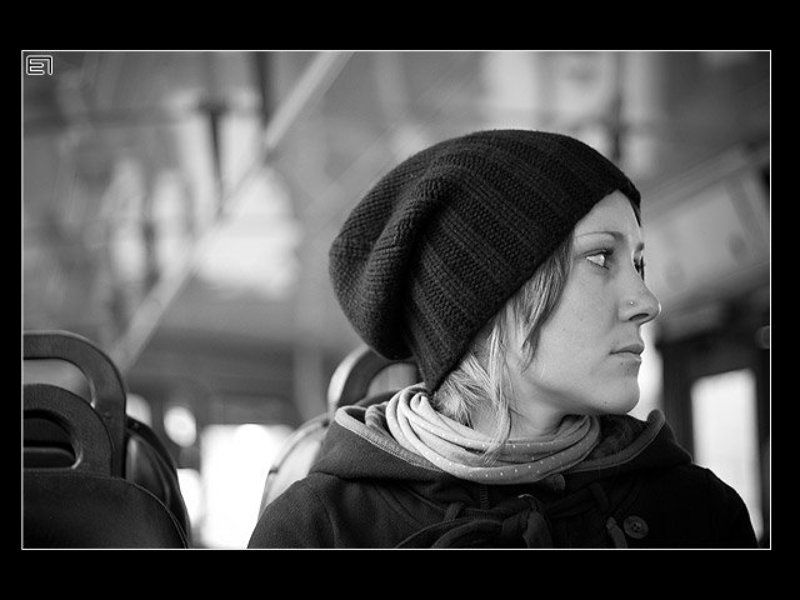 троллейбус, девушка, жанр, ч\\б Троллейбус...photo preview