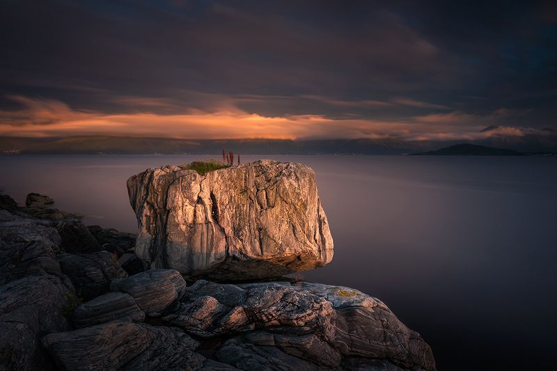 norway,landscape,mountains,sunset,stone,rock,sea The stonephoto preview